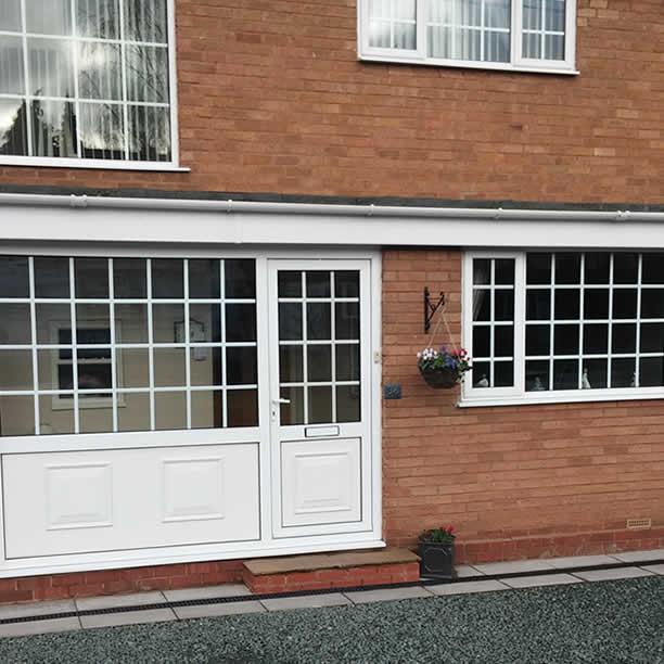 Avonvale Garage Doors Amp Glazing Solihull West Midlands Garage Doors Amp Garage Door