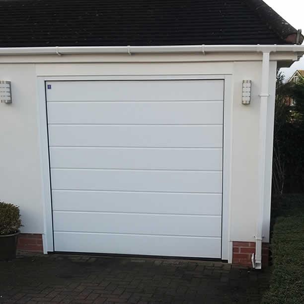 Avonvale garage doors glazing solihull west midlands for Coventry garage doors